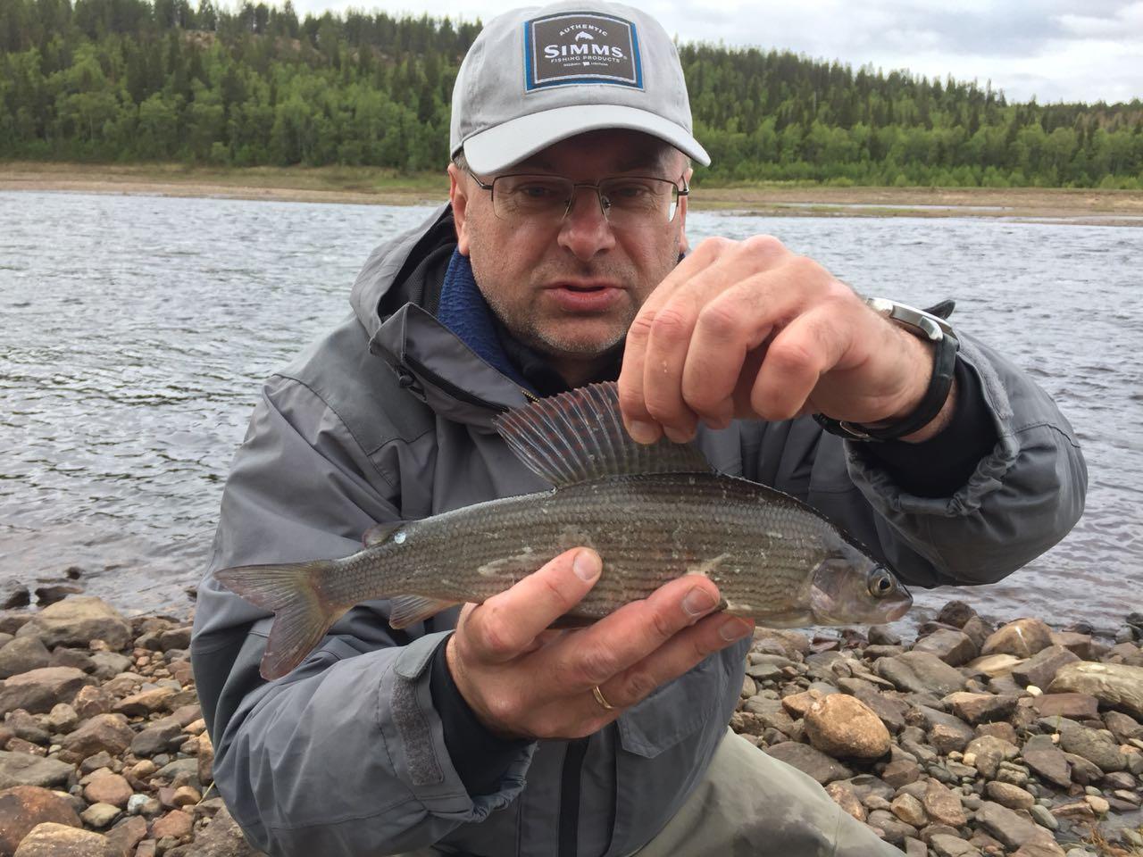 Рыбалка на хариуса на р Бурея в октябре